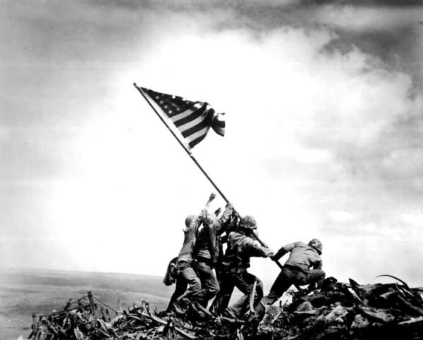 """硫黄島 """"Raise The Flag"""""""